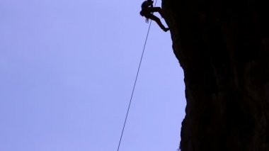 Silhouette of a Rock Climber — Stock Video