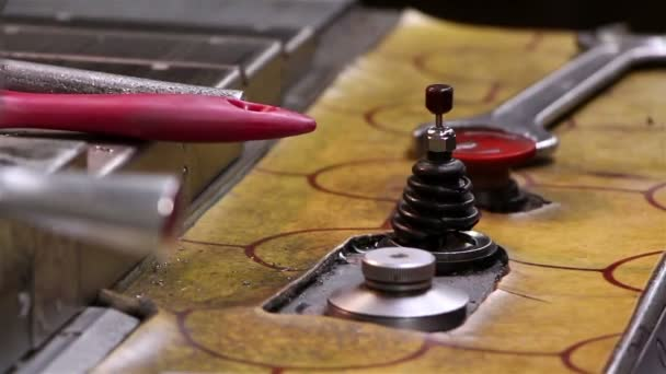 Heavy industry - Mechanical treatment, drilling machine — Vídeo de stock