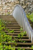 Wooden stairs to the medieval wall closeup — Stockfoto