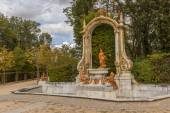 Sculpture in the gardens of La Granja de SanIldefonso — Stock Photo