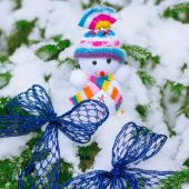 Snowman in the snow — Stock Photo