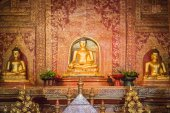 """Phra Sihing Buddha"" in the temple  Chiang Mai, Thailand — Stock Photo"