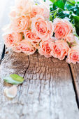 Bouquet of Pink Roses with Copy Space on image — Stock Photo