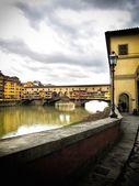 старый мост флоренции — Стоковое фото