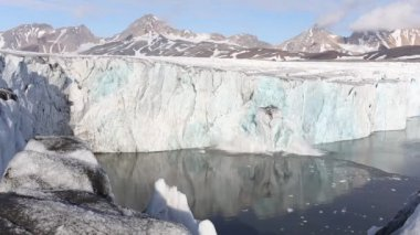 Ice Calving From The Tidewater Glacier - Arctic, Svalbard — Video Stock