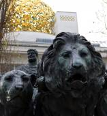 Marc Anton and Lions Statue — Stock Photo