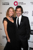 Eric McCormack and wife — Stock Photo