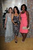 Julia Louis-Dreyfus, Anna Chlumsky and Sufe Bradshaw — Stock fotografie