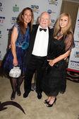 Elisa Asner, Ed Asner, Lois Ressle — Stock Photo