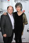 Jason Alexander and Daena E. Title — Stock Photo