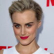 ������, ������: Taylor Schilling