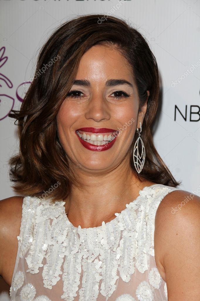 Ana Ortiz at the Imagen Awards at the Beverly Hilton Hotel on August 1, 2014 in Los Angeles, CA — Foto de s_bukley - depositphotos_52225489-Ana-Ortiz