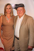 Eileen Davidson, Dick Van Patten — Stock Photo