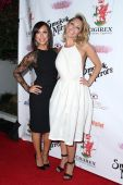 Cheryl Burke and Kym Johnson — Stock Photo