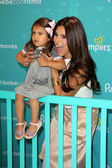 Roselyn Sanchez and daughter Sebella — Foto Stock