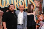 Ben Kingsley, Elle Fanning and Nick Frost — Stock Photo