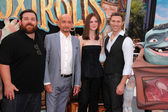 Ben Kingsley, Elle Fanning, Nick Frost and Travis Knigh — Stock Photo