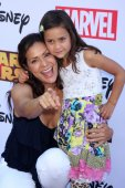Constance Marie and Luna Marie Katic — Stock Photo