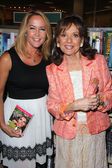 Erin Murphy and Dawn Wells — Stock Photo