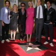 Постер, плакат: Simon Helberg Melissa Rausch Johnny Galecki Kaley Cuoco Jim Parsons and Kunal Nayyar