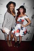 Ashley Hayes and Phoebe Price — Stock Photo