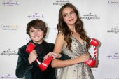Max Charles and Bailee Madison — Stock Photo
