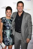 Tiffani Thiessen and Josh Hopkins — Stock Photo