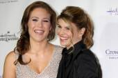 Erin Krakow and Lori Loughlin — Stock Photo