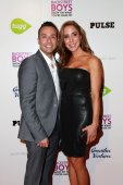 Howie Dorough and Leigh Boniello — Stock Photo