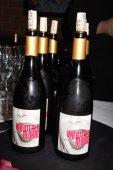 Brandi Glanville's Unfiltered Blonde Chardonnay — Stock Photo