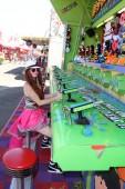 Phoebe Price at the Orange County Fair — Stock Photo