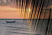 Beautiful view of sunset on the beach — Stock Photo