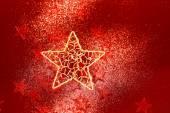 红色的闪光装饰用大颗金色的星星 — 图库照片