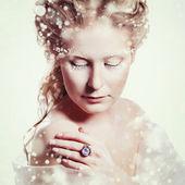 Vacker flicka med glamour jul makeup — Stockfoto