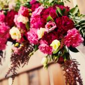 Flower decoration in wedding day — Stock Photo