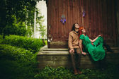 Creative Young Couple in Summer — Stock Photo