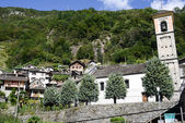 The rural village of Vogorno on Verzasca valley — Stock fotografie