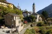 Lavertezzo kırsal köy — Stok fotoğraf