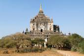 Thatbyinnyu temple at the archaeological site of Bagan — Stock fotografie
