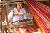 Woman weaving a craft — Stock Photo