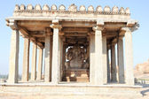 Ganesh statue in the ancient temple of Hampi — Stock Photo