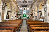 The interior of Santa Cruz Cathedral — Stock Photo
