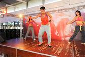 People dancing during Zumba training fitness — Foto de Stock
