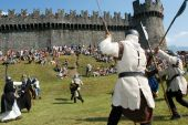 Knights in action during the annual Renaissance Festival — Stock Photo