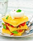 Polenta with vegetables and poshed egg — Stock Photo