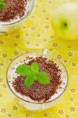 Apple dessert of tiramisu with chocolate  — Zdjęcie stockowe