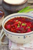 Traditional Ukrainian beet soup borsch  — Stockfoto
