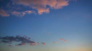 Восход солнца на море — Стоковое видео