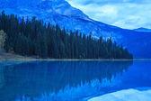 Noche en el lago Esmeralda — Foto de Stock