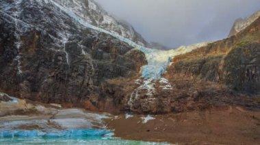 Melt-water lake below Mount Edith Cavell, Jasper National Park, Alberta, Canada — Stock Video